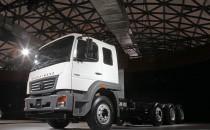 Em apenas três meses, BharatBenz vendeu mais de mil caminhões na índia